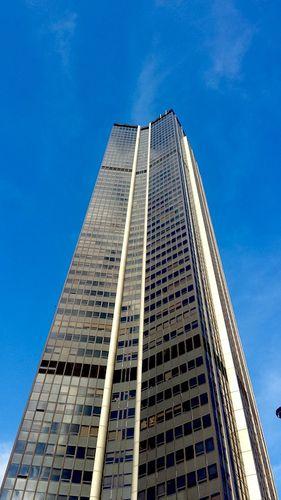 tour-montparnasse-ciel-bleu.jpg