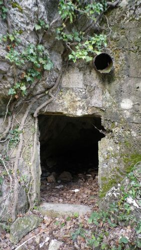 2--Grotte-maconnee--FILEminimizer-.JPG