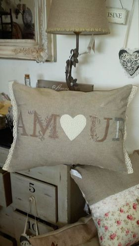 coussin-amour.jpg