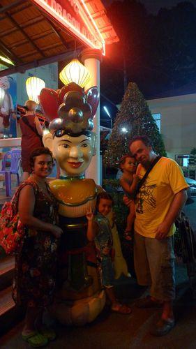 ma181-Saigon Marionnettes Sur Eau