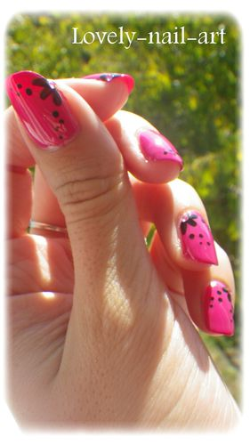 Nail-Art---Bubble-Gum---2.jpg