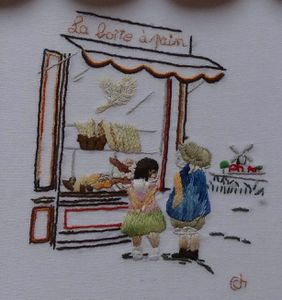 biseau-fantaisie-Chantal-detail-broderie.jpg