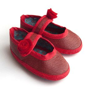 chausson-babies-rouge-3.jpg