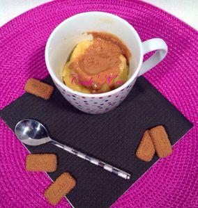 Mug cake au coeur spéculoos