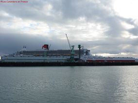 Queen Mary 2 10.12.11 (398)