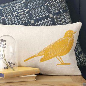 coussin oiseau jaune