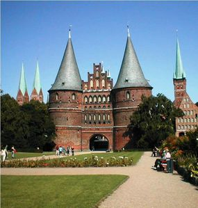 Lübeck-Holstentor 1