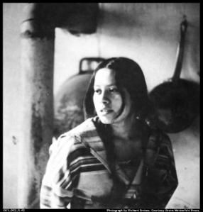 001_002_5.43.jpg-lakota-woman.jpg