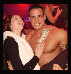 Stripteaseur Royan Angel 17 - Charante-Maritime