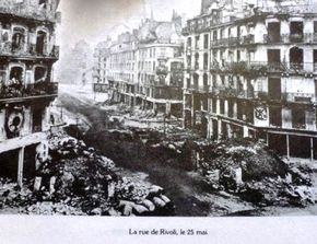 Rue-de-Rivoli-en-1871-destruction.jpg