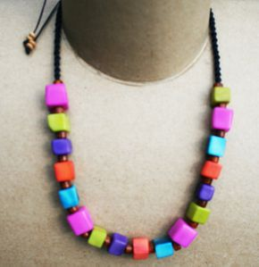 collier103