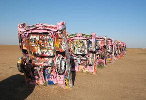 TEXAS cadillac ranch multiple cars close 2006-05-28
