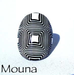 Bague Black and white 6 DISPONIBLE: 15 euros.