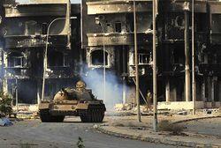 Syrte 19/10/2011 destructions - Immeubles ravagés par les