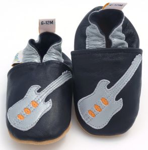 chaussons-bebe-cuir-guitare.jpg