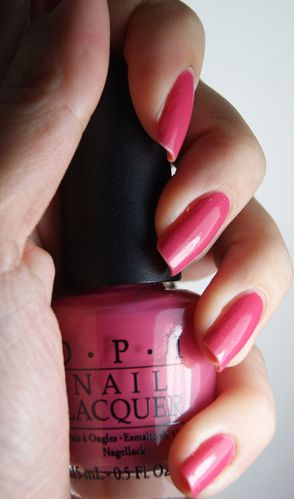 OPI My Adress is hollywood 3