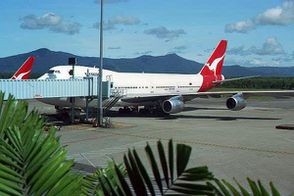 image 08 cairns airport