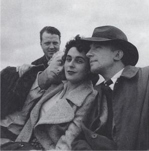 de lee miller- max ernst, leonora carrington et paul eluard