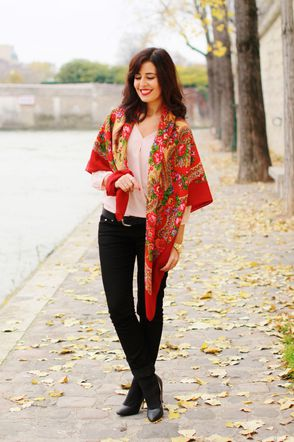 oversized-scarf-romantic-floral-red-pattern-high-quality-pa