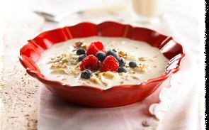 muesli-suisse-aux-fruits-frais-et-cereales-BlogOuvert.png