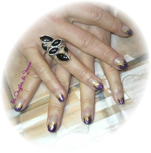 blog.french-biais-violet-paillette.nailArt-or1.jpg