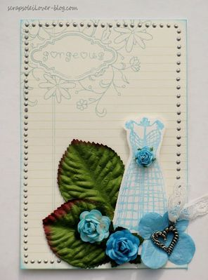 Fleur-bleue--1-.jpg