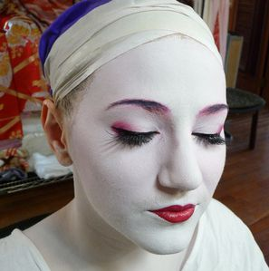 maquillage,geisha,step,by,step,2,.