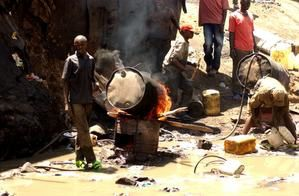 fabrication-de-Shanga--Kibera.JPG
