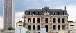 patrimoine-St-Denis-av-du-pdt-Wilson-maison-demolie-et-rec.jpg