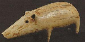 petit sanglier en ivoire d'époque pré-dynastique - Nagada