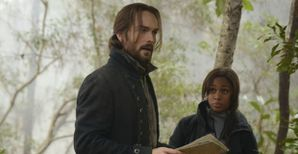 sleepy-hollow-season-1-finale-ichabod-abbie.jpg