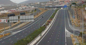 deserted_highway_in_spain.png