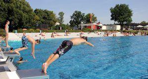 Schwimmerbecken 02