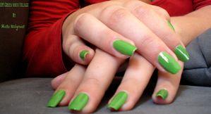 Swatch-Green-witch-Village-OPI--3-.jpg