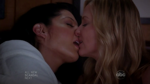grey-s-anatomy-wedding-arizona-callie.png
