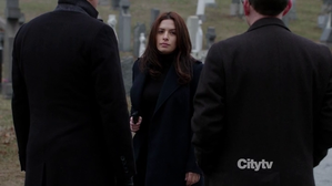 person-of-interest-samantha-shaw-sarah-shahi.png