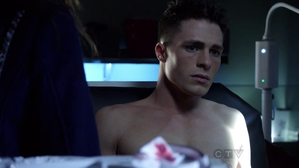 arrow-colton-haynes.png