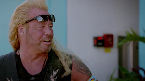 hawaii-five-o-dog-catch-wwe.png