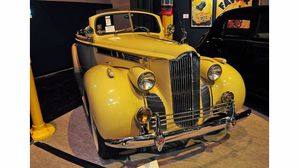 retromobile-2014-artcurial PACKARD STEVE MC QUEEN 1940
