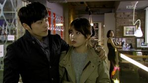 Lee.Soon.Shin.is.the.Best.E09.720p.HDTV.x264.AAC-SODiHD.mp4.jpg