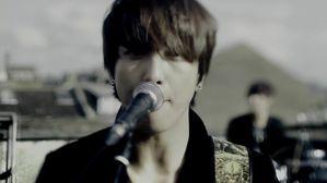 CNBLUE 4th Mini Album [Re BLUE] Title song I'm Sor-copie-2