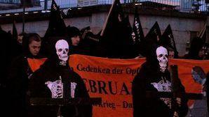 Dresde_Neo_Nazis_604.JPG