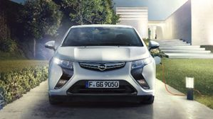 Opel_Ampera_Comming_to_Street_384x216_am12_e01_006.jpg