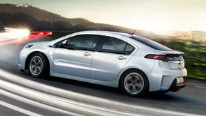 Opel_Ampera_Exterior_View_384x216_am12_e01_008.jpg