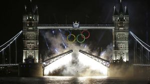 London-Olympics-Opening-Ceremony-Tower-Bridge-by-night.jpg