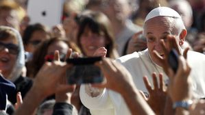 Le-Pape-Francois-Credits-photo-Riccardo-De-Luca-AP.jpg
