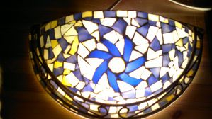 applique murale mosaique soleil bleu mosaique delphine bordier mosaique. Black Bedroom Furniture Sets. Home Design Ideas