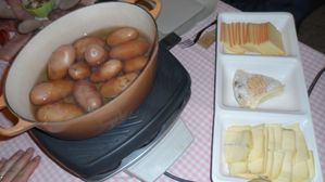raclette-aux-3-fromages-table.jpg