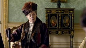 downton-abbey-dowager-countess-x-4001