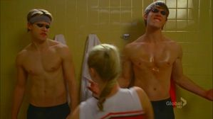 sam-ryder-glee-4x12-naked.jpg